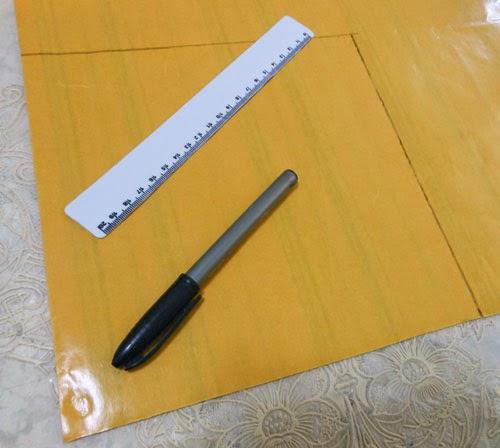 Customizando caixa decorativa com feltro adesivo
