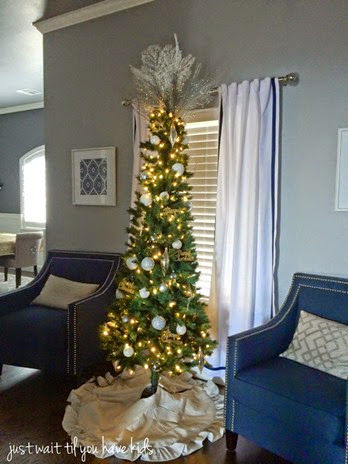 Christmas-Formal-Area-Tree