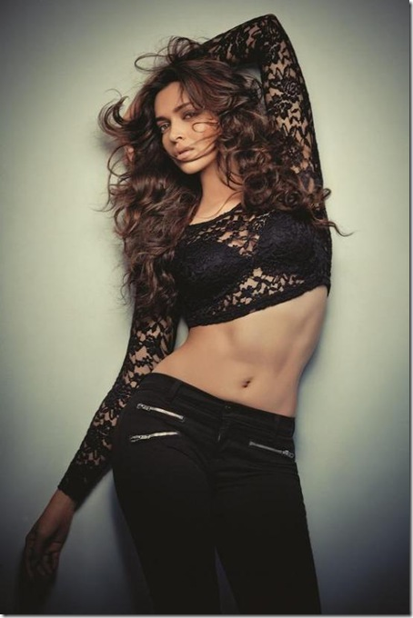 Deepika-Padukone-FHM-November-2012-Scans-1