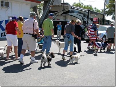 doggieparade09-20-12a