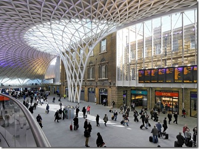 item0.rendition.slideshowWideHorizontal.kings-cross-station-london-justin-kase-alamy