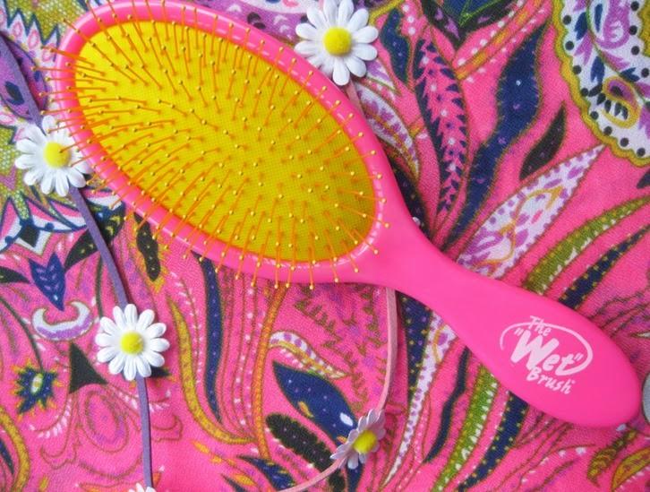 Neon-Pink-Wet-Brush-UK