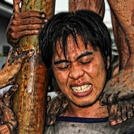 auooooo by Gusti Ngurah Wahyu Wibowo - People Portraits of Men ( teamwork, strong, traditional, men, people )