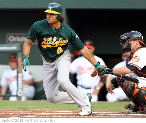 'Oakland Athletics center fielder Coco Crisp (4)' photo (c) 2011, Keith Allison - license: http://creativecommons.org/licenses/by-sa/2.0/