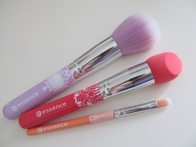 essence bloom me up tools 2