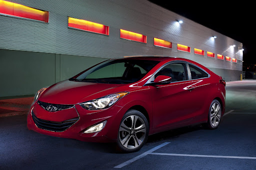 2013-Hyundai-Elantra-Coupe-01.jpg