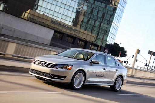 VW-HyMotion-Golf-Passat-09.jpg