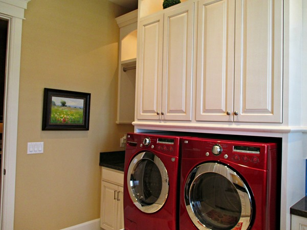 Blonde by Sherwin Williams - laundry room paint colo