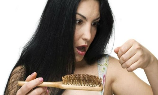 Cara Mengatasi Rambut Rontok Dengan Alami