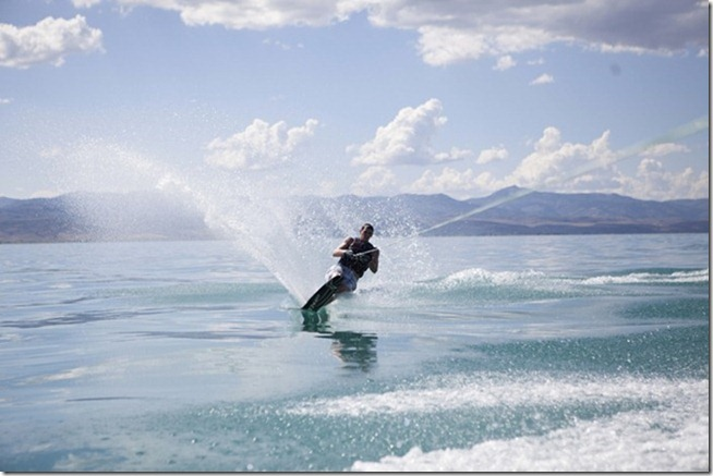 water skiiong