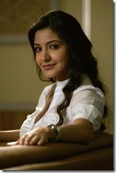 anushka-sharma_side view
