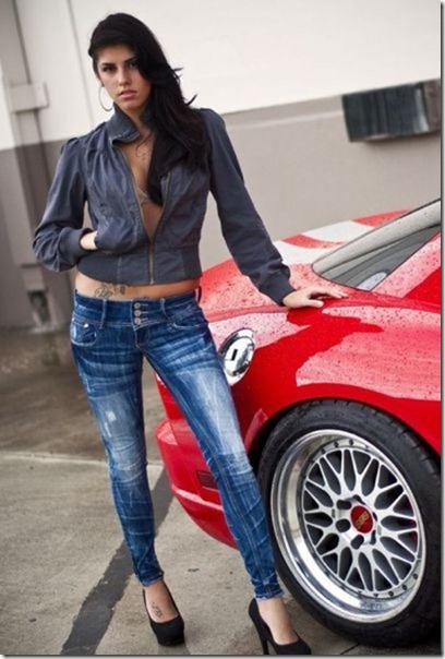 cars-women-hot-34