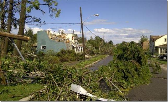 Goderich_after_a_tornado_August_2011