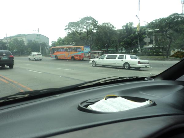 limousine-in-the-philippines-011.jpg