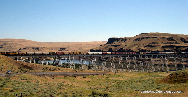 Train over the Snake River