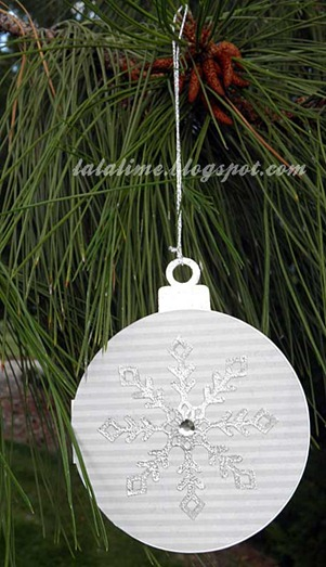 Ornament-Card---outside_Barb-Derksen