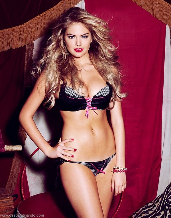 kate-upton-linda-sexy-sensual-sedutora-bikine-biquine-lingerie-boobs-blonde-desbaratinando (74)