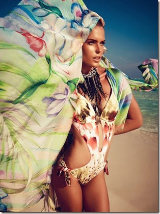 Viktoria-Halenarova-Models-Swimwear-for-Bazaar-Czech-by-Andreas-Ortnermaldives-fashion-shoot1