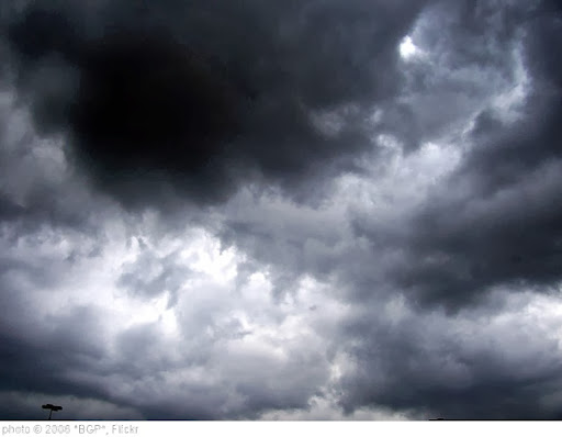 'scary clouds' photo (c) 2006, *BGP* - license: http://creativecommons.org/licenses/by-nd/2.0/
