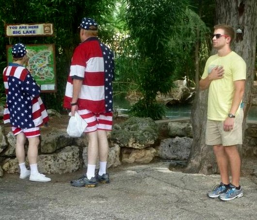 funny-photos-fail-wtf-meanwhile-in-america-photos1