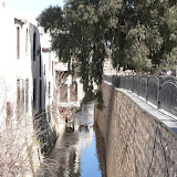 Damas - Canal autour citadelle (2).JPG