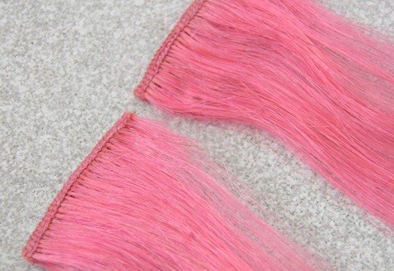 LIGHT PINK HAIR EXTENSIONS 1