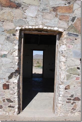 03-07-13 D Joseph Cones Cabins Quartzsite 016