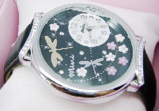 3D watch dragonfly design The Curve