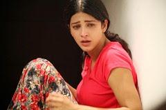 Shruti Hassan Hot in 3 Movie Stills
