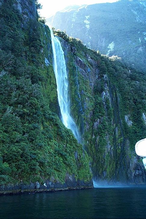 06-200-Water Fall