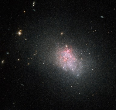 galáxia NGC 3738