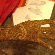 Hennadesigner.com mehndi artiist at the wedding hina party of T Paghdiwala (33).JPG