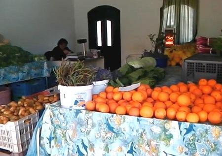 Δημοτική Αγορά Αργοστολίου: Φρέσκα προϊόντα, ακριβά ενοίκια