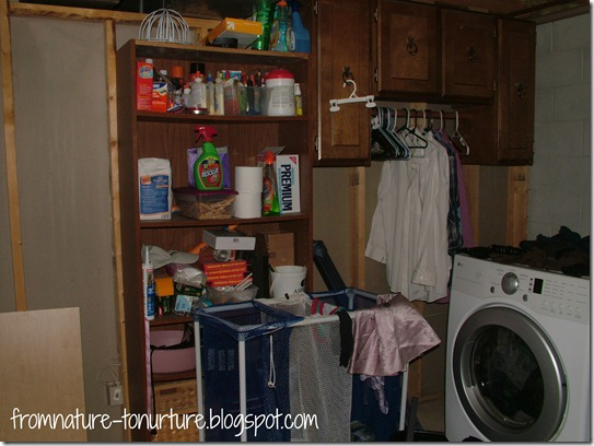 Laundry room before2