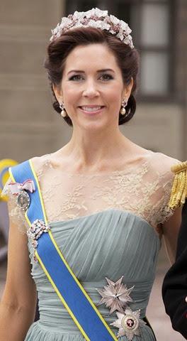 Mary de Dinamarca en la boda de la Princesa Victoria de Suecia