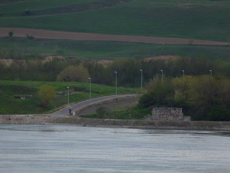Ruine istorice: Podul lui Traian pe malul sarbesc