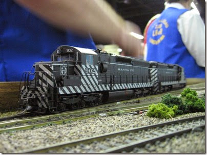IMG_5407 Atchison, Topeka & Santa Fe SD24 #902 on the LK&R HO-Scale Layout at the WGH Show in Portland, OR on February 17, 2007