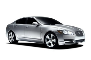 2010-Jaguar-XF-Sedan-1