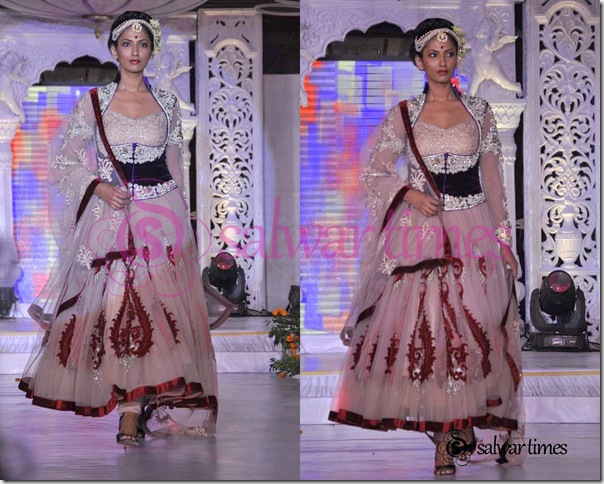 Designer_Salwar_Kameez_3