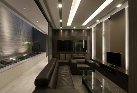decoracion-sala-sillon-cuero-negro