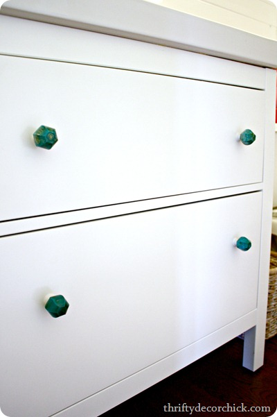 aqua knobs, white vanity