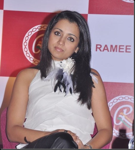 trisha-and-madhavan-unveils-ramee-mall-8