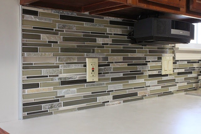 Tile-Backsplash-Grouted
