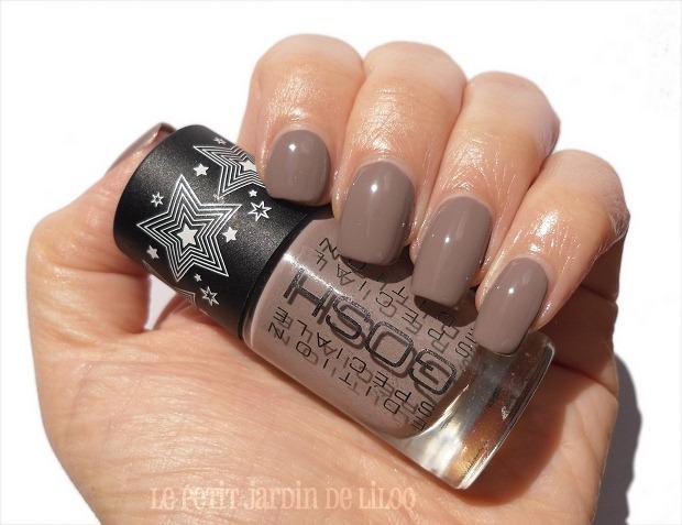 002-gosh-with-a-twist-swatch-review-nail-polish
