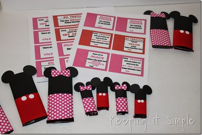 Mickey and Minnie Mouse Candy Bar Valentines  (9)