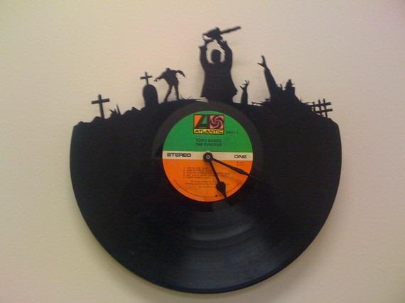 Zombie Clock by MoralMustache