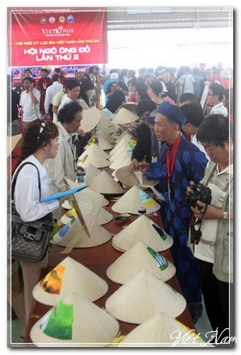 100 ông đồ hội ngộ cho chữ ở Vũng Tàu, Việt Nam