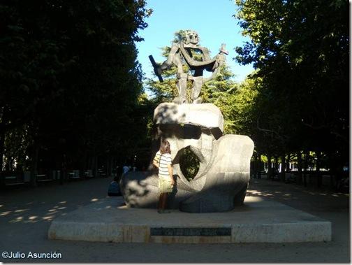 Parque Miguel Servet - Huesca - Monumento a los reyes de estirpe pirenaica