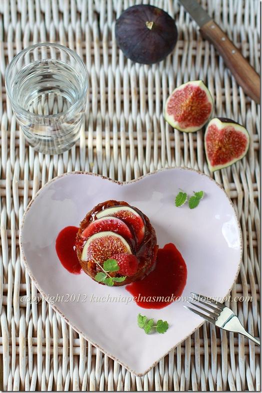 tartaletki z sosem karmelowym i żurawiną (1)