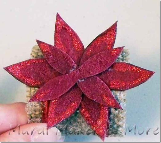 poinsettia-napkin-ring-4
